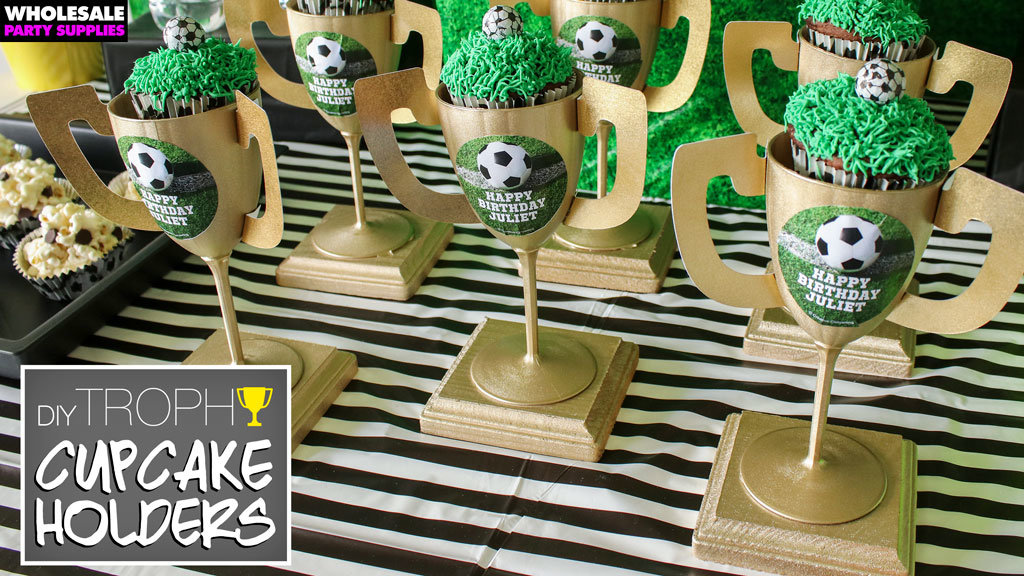 DIY Trophy Cupcake Holders