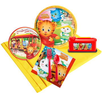 Daniel Tigers Neighborhood 16 pc Guest Pack Plus Molded Cups